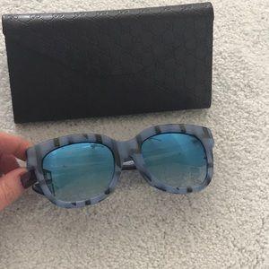 Gucci Sunglasses mirrored blue lenses 😎